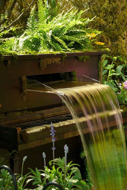 Water Fountain Piano - garden-decor