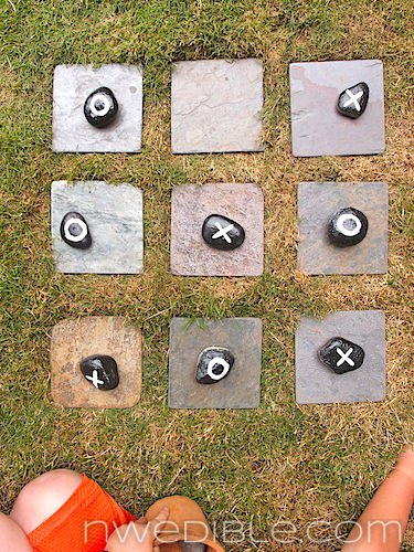 Diy: Garden Tic-tac-toe - garden-decor