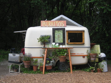 Burrito's Stand of Our Dreams - sheds-huts-treehouses