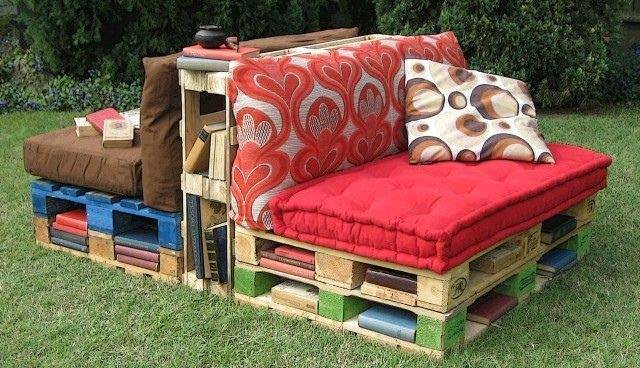 Pallet Outdoor Reading Corner Bench Garden Pallet Projects & Ideas Patio & Outdoor Furniture