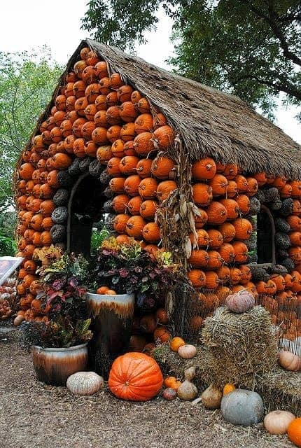 Pumpkin House Garden Decor