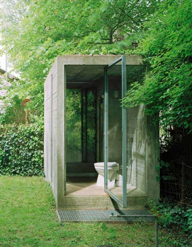 Toilets in the Garden Sheds, Huts & Tree Houses