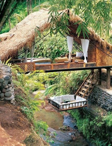 Resorts Spa Treehouse in Bali - sheds-huts-treehouses