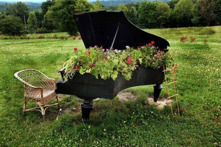 Old Piano Planter Flowers, Plants & Planters