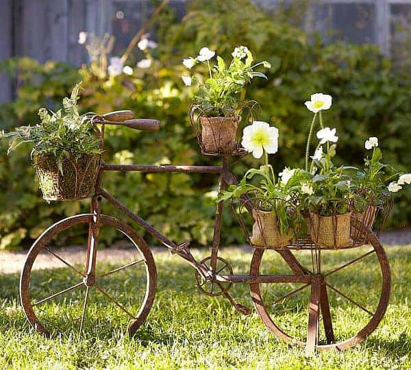 Turn Your Old Bike into an Original Garden Decoration - garden-decor