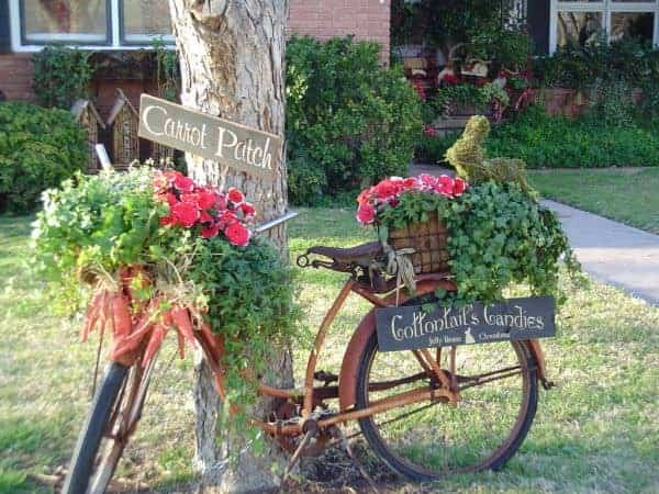 Garden Decoration Turn your old bike into an original garden decoration in decoration 2  with reused repurposed planter garden decoration bike