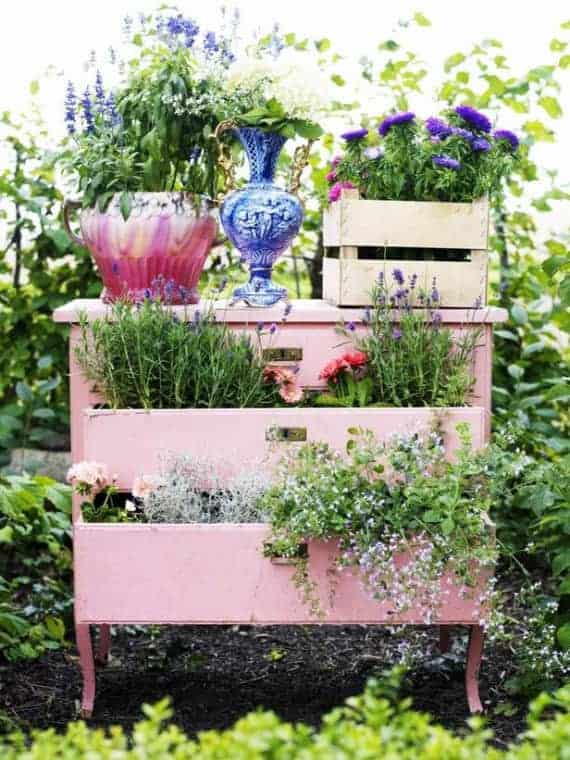 Diy: Recycled Garden Dresser - flowers-plants-planters