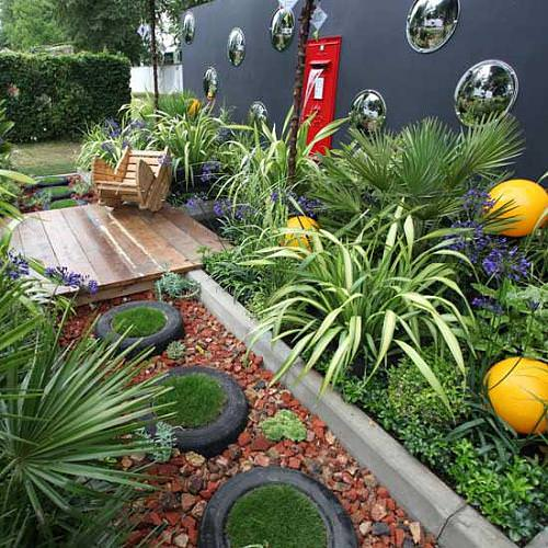 12 amazing urban gardens 1001 gardens for Amazing small gardens