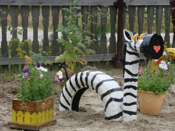 10 DIY Recycled Tires Decoration Ideas for Your Garden - garden-decor