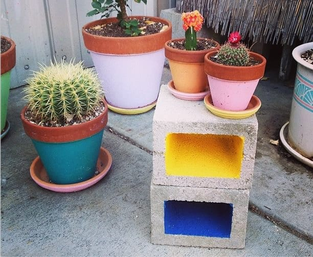 Diy Idea : Painted Cinder Blocks Guerrilla & Urban Gardening
