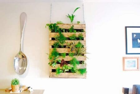 Diy Pallet Living Wall 26 - Pallets Projects & Furniture