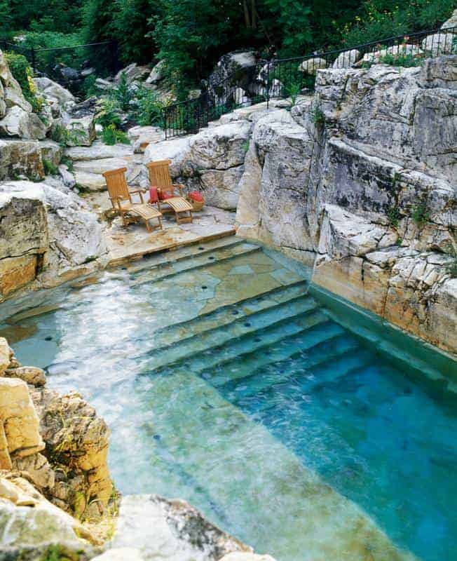 beautiful pool in a limestone quarry 1001 gardens. Black Bedroom Furniture Sets. Home Design Ideas