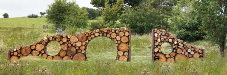 Star Gazer Landscape Made with Wood Logs - landscaping