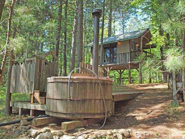 Eau Claire River Cabin Sheds, Huts & Tree Houses
