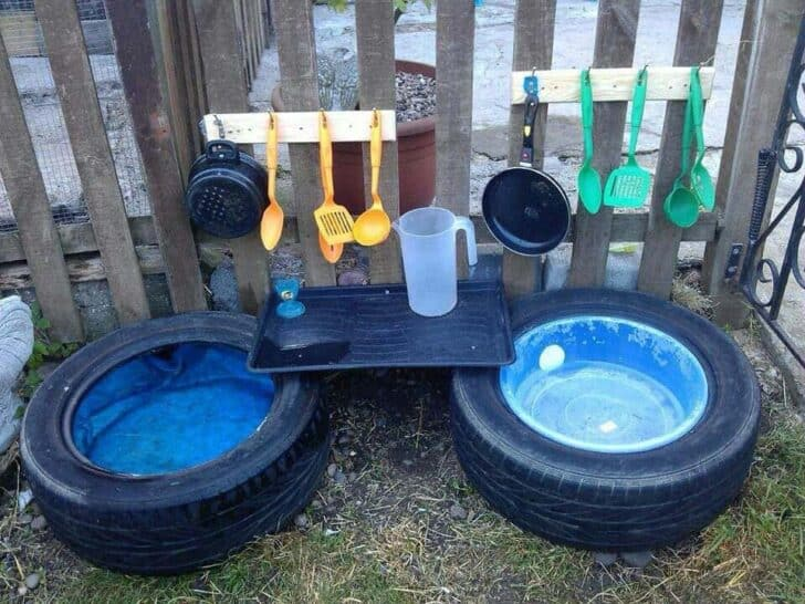 20 Mud Kitchen Ideas for Kids 10 - Kids Playhouses & Playgrounds - 1001 Gardens