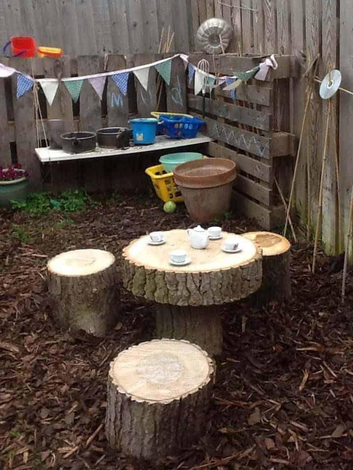 20 Mud Kitchen Ideas for Kids 8 - Kids Playhouses & Playgrounds - 1001 Gardens