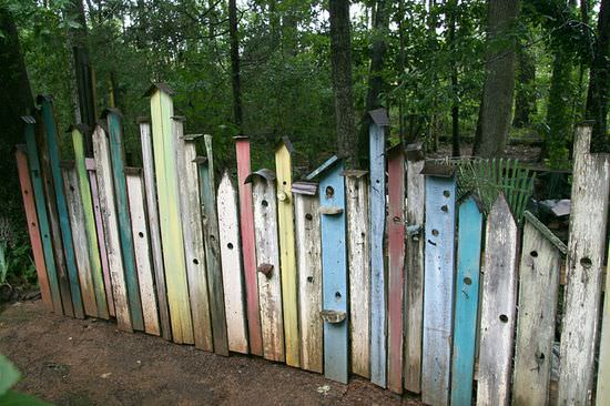 Birdhouse Fences | 1001 Gardens