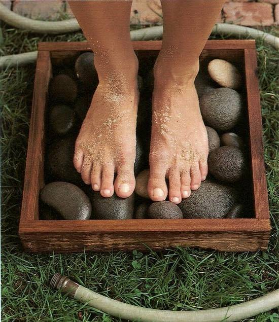 Diy : River Rocks in a Box Patio & Outdoor Furniture