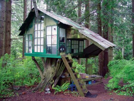 Vintage Beautiful Tree House 2 - Summer & Tree Houses - 1001 Gardens