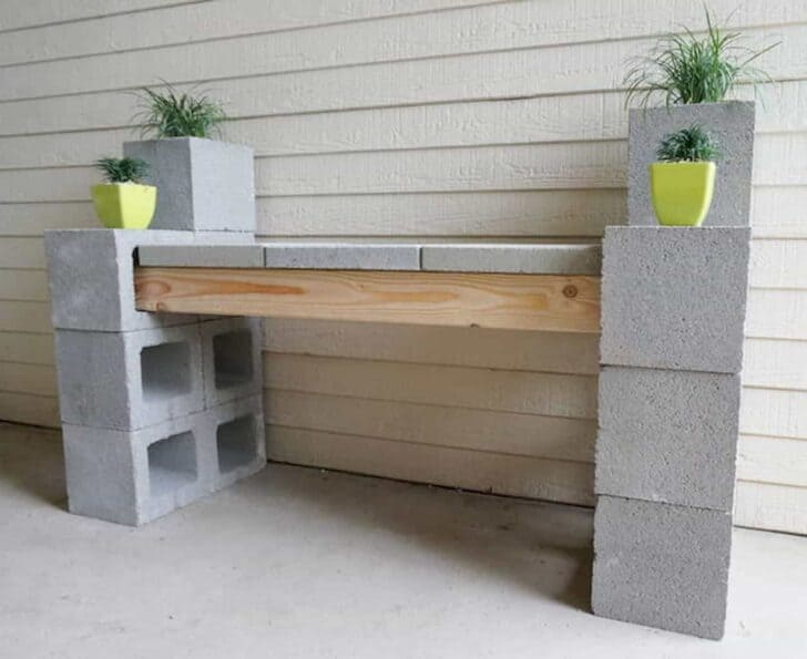 10 Ideas to Recycle Cinder Blocks in the Garden 10 - Patio & Outdoor Furniture