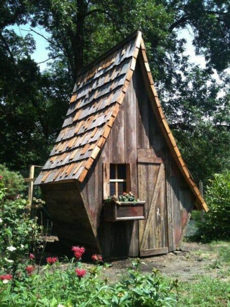Cutest Chicken Coop of the World? 10 - Bird Feeders & Houses