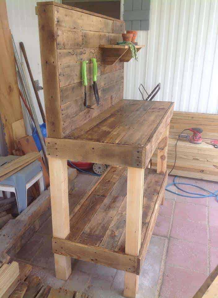 Potting Bench Made From Repurposed Wooden Pallets Garden Pallet Projects & Ideas Patio & Outdoor Furniture