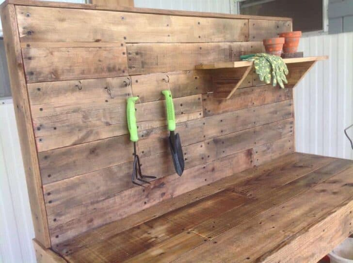 Potting bench made from repurposed wooden pallets 1001 for Repurposed pallet projects