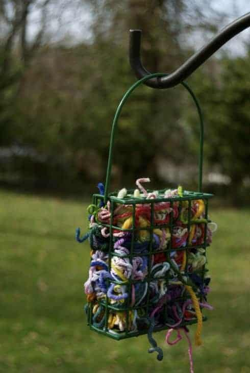 Yarn Scraps to Provide Nesting Materials for All the Birds in Your Area. - feeders-birdhouses