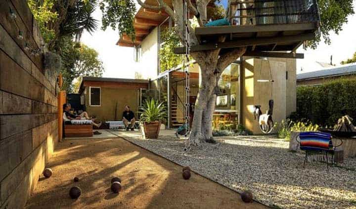 A-frame Beautiful Tree House in Venice - sheds-huts-treehouses