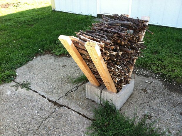 Easy Outdoor DIY Firewood Rack From Cinder Blocks   Grills Bbq Firepits