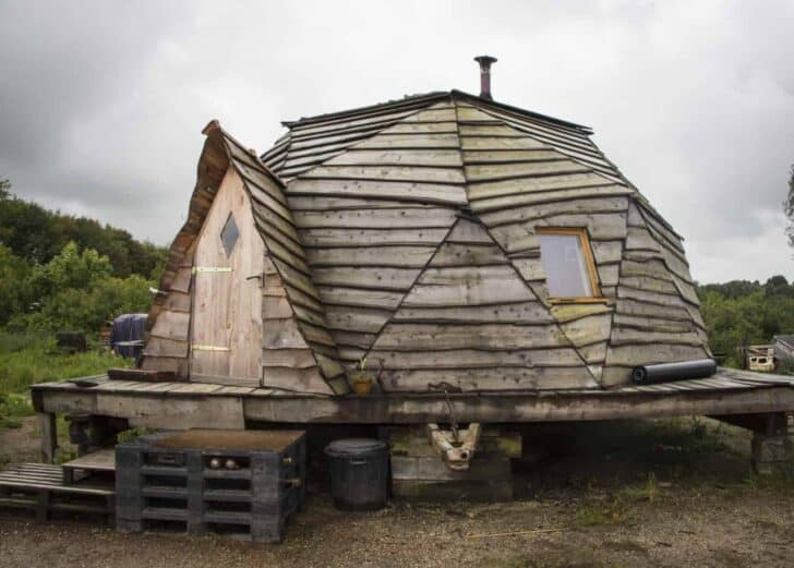 Geodesic Dome in Brittany - sheds-huts-treehouses