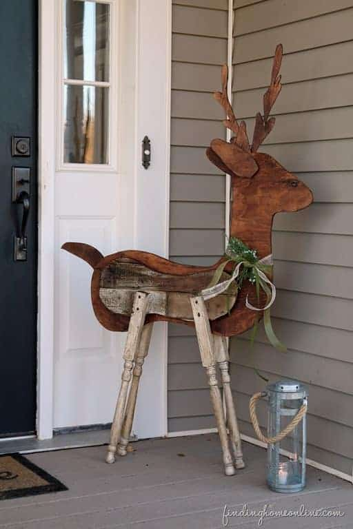 How to Make a Reclaimed Wood Reindeer Garden Decor