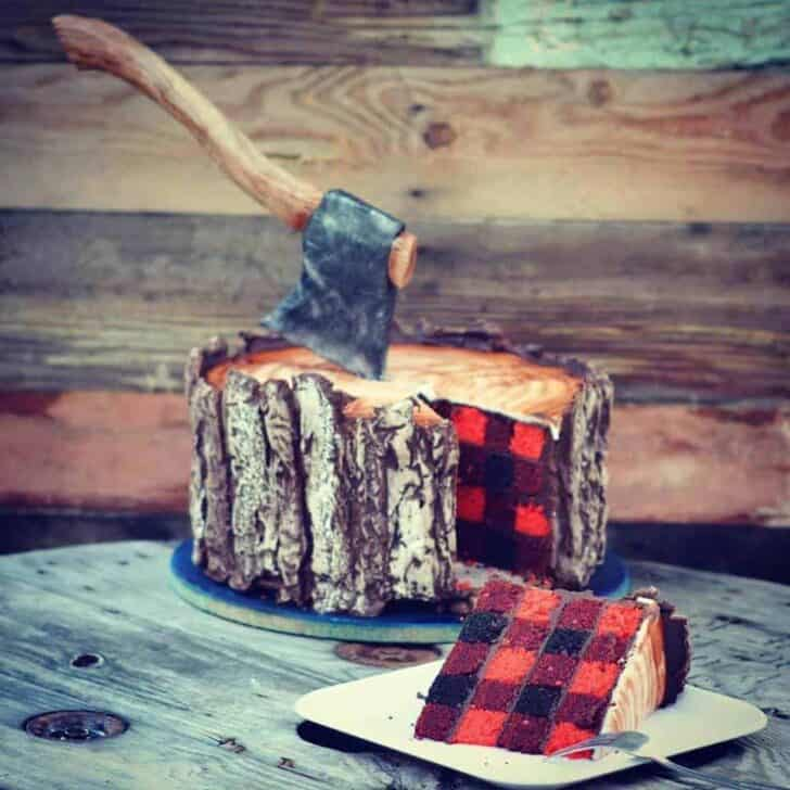 You Think It's a Log… but It's a Cake! Garden Decor