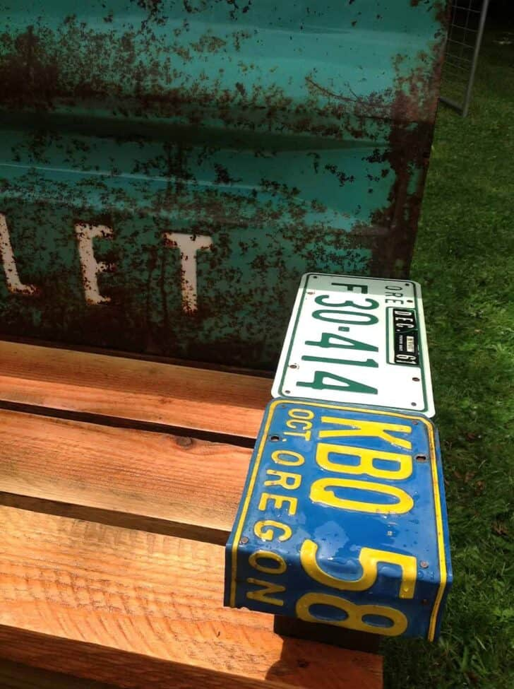 Diy Patio Bench With An Old Car Tailgate • 1001 Gardens