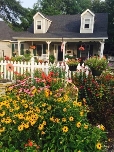 Our Picket Fence Garden 1 - Landscape & Backyard Ideas - 1001 Gardens