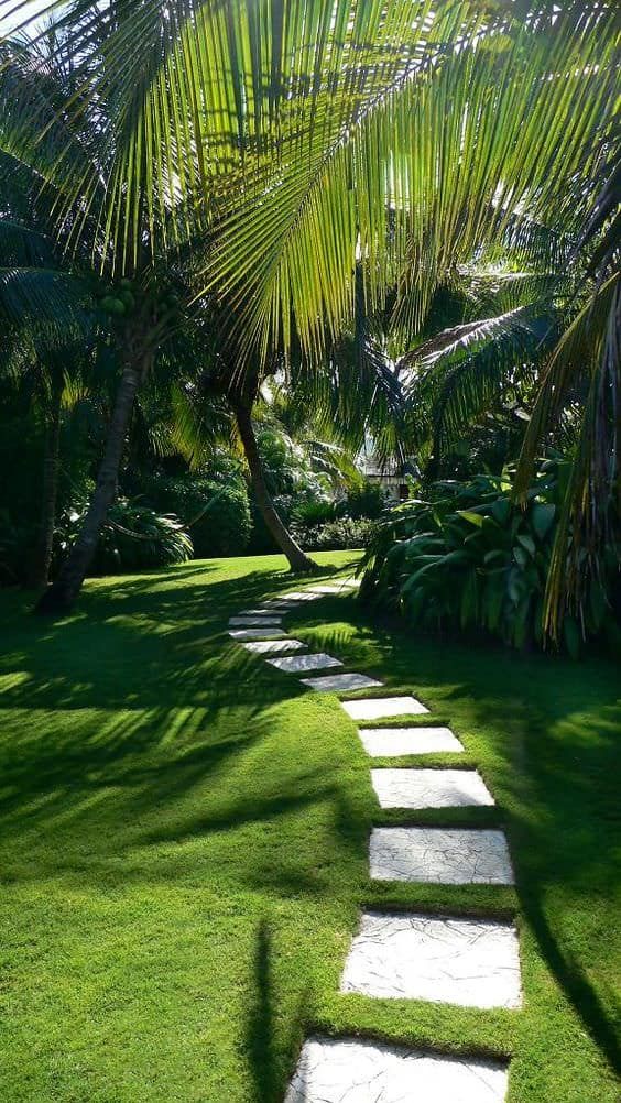 11 Amazing Lawn Landscaping Design Ideas - Decor - 1001 ...