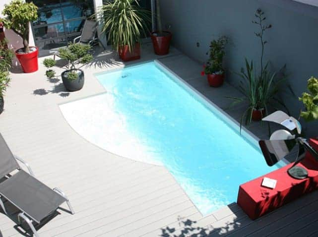 How to Make an Ultra Deco Pool Area