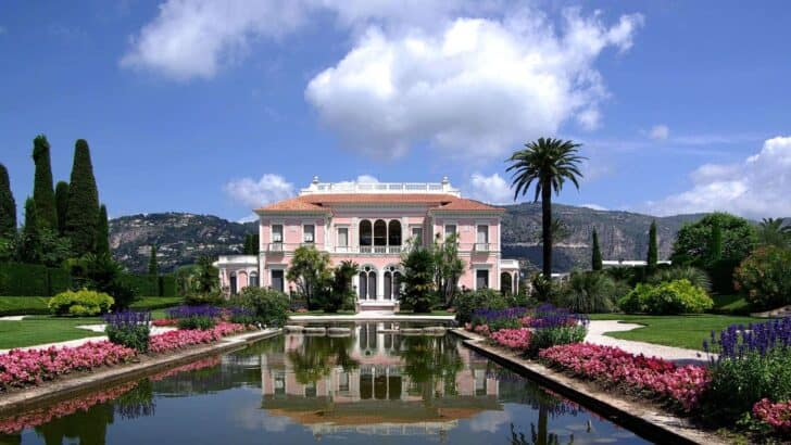 The Wonderful Gardens of the Villa Ephrussi De Rothschild - landscaping