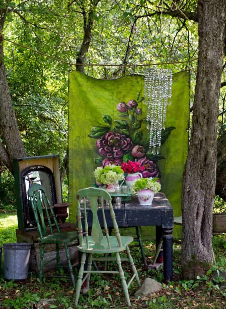 12 shabby chic bohemian garden ideas 1001 gardens for Idee deco retro chic