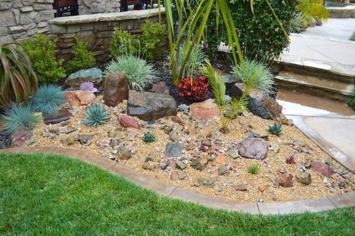 20 DIY Ideas for Garden Decor with Pebbles and Stones ... on Backyard Pebbles Design id=46382