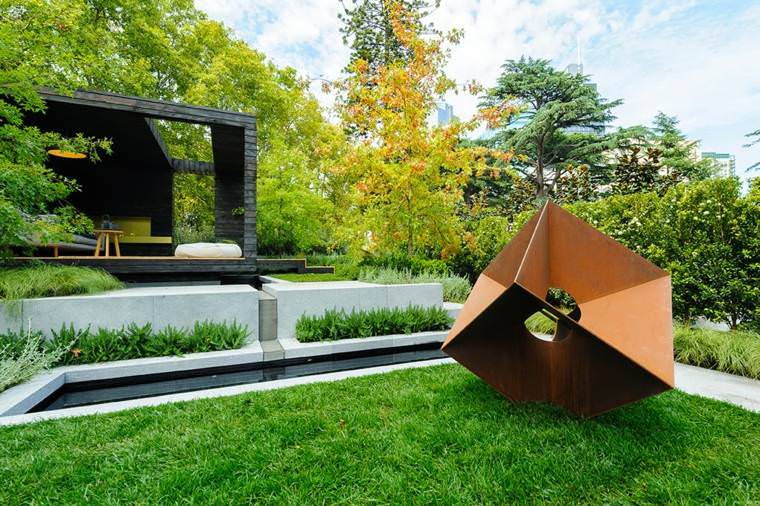Corten steel 50 very trendy garden decor ideas 1001 gardens for Jardin mural exterieur