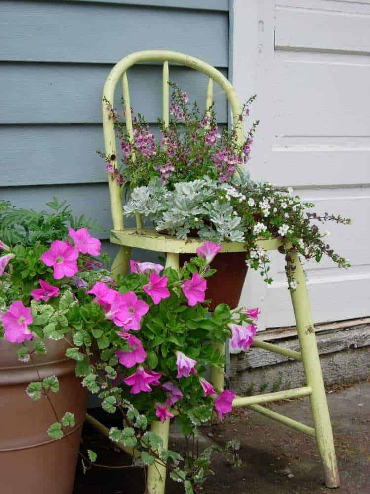 31 Tricky Ideas for Your Garden Decoration 24 - Garden Decor - 1001 Gardens