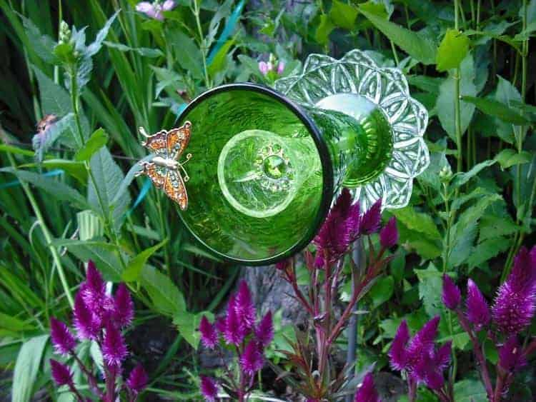 31 Tricky Ideas for Your Garden Decoration 26 - Garden Decor - 1001 Gardens