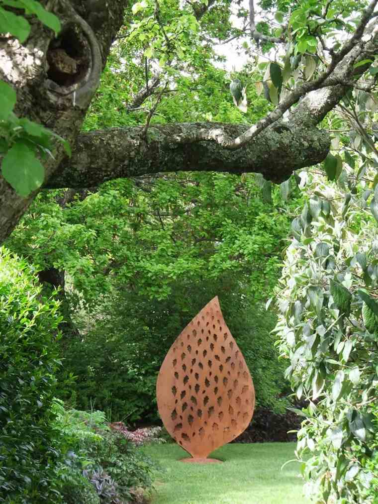 Corten Steel: 50 Very Trendy Garden Decor Ideas 79 - Patio & Outdoor Furniture