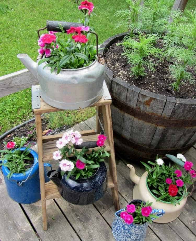 31 Tricky Ideas for Your Garden Decoration 16 - Garden Decor - 1001 Gardens
