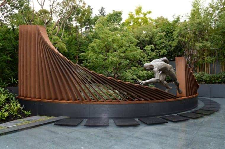 Corten Steel: 50 Very Trendy Garden Decor Ideas 51 - Patio & Outdoor Furniture
