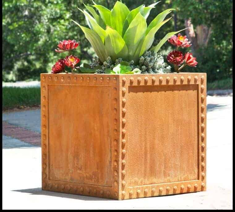 Corten Steel: 50 Very Trendy Garden Decor Ideas 31 - Patio & Outdoor Furniture