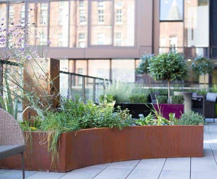 Corten Steel: 50 Very Trendy Garden Decor Ideas 25 - Patio & Outdoor Furniture
