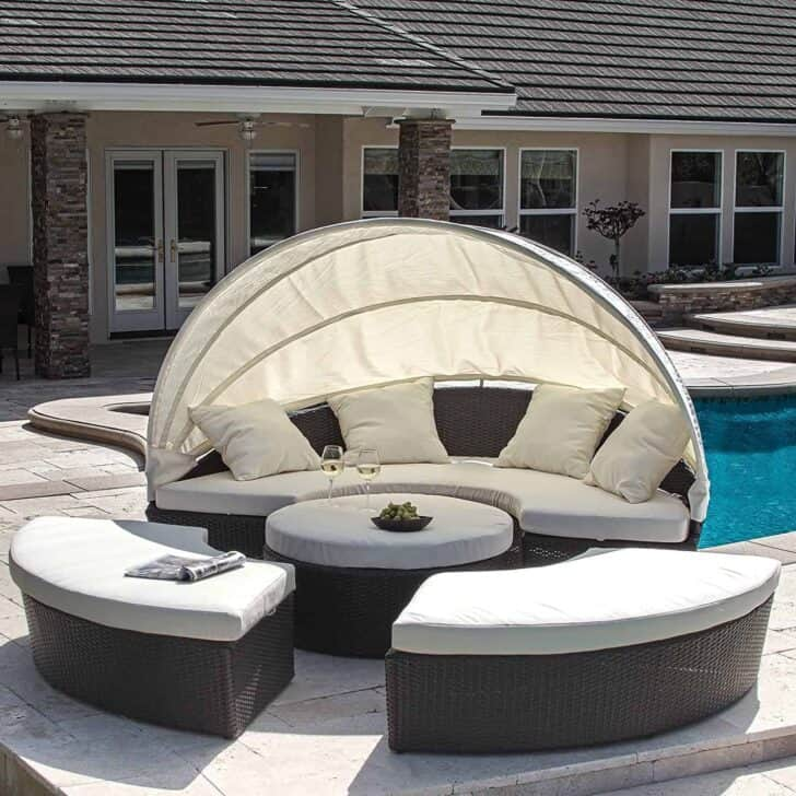 This Bellagio daybed and lounger set is one of the most flexible Outdoor Daybeds designs!