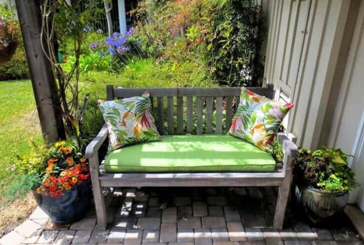 Outdoor Wooden Bench, The Best Place to Seat 18 - Patio & Outdoor Furniture - 1001 Gardens